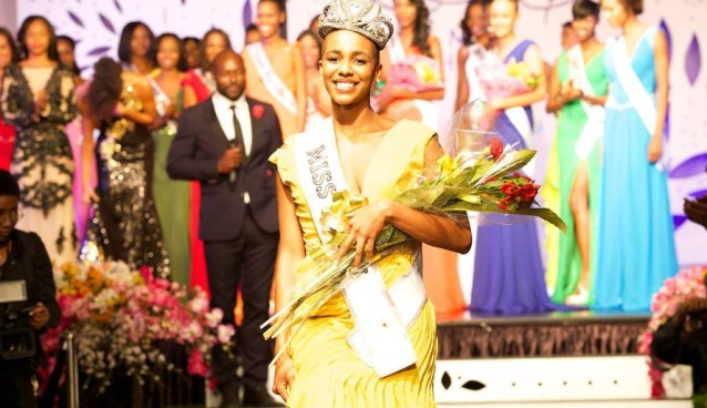 Miss Haiti 2014 – Carolyn Desert 1st Interview on #chokarella